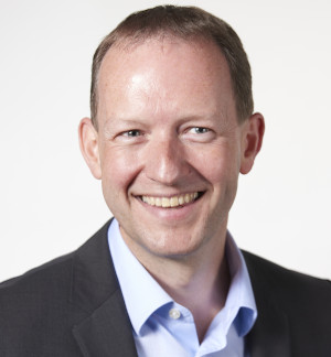 Antony Bourne, Vicepresidente Senior de IFS Industries